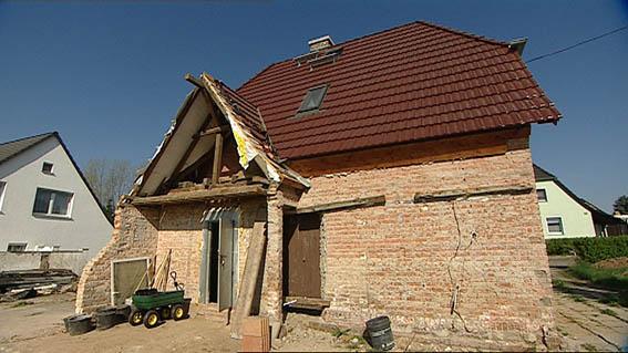 Zur Sendung Vom 28 Mai 2013 Bodenaufbau In Einem Alten Haus