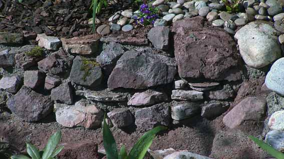 fertig bachlauf aus beton